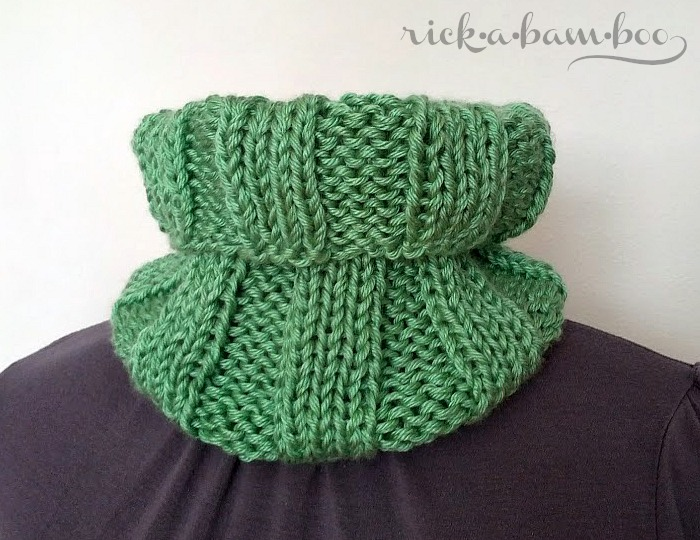 luxe ribbed cowl | rickabamboo.com | #knit #cowl