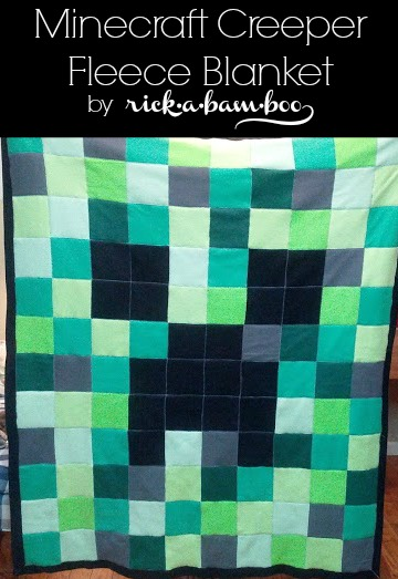 Minecraft Creeper Fleece Blanket | rickabamboo.com | #DIY