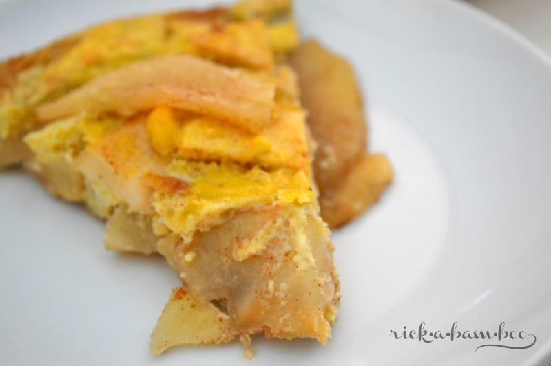 Apple Pie German Pancake   rickabamboo.com   #cleaneating #lactosefree #glutenfree #Paleo