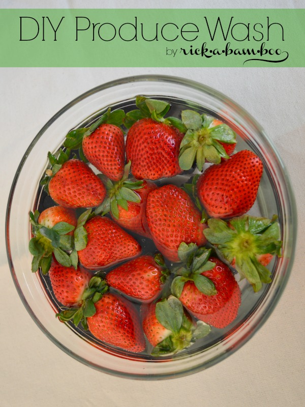 DIY Produce Wash | rickabamboo.com | #DIY #cleaner #berries