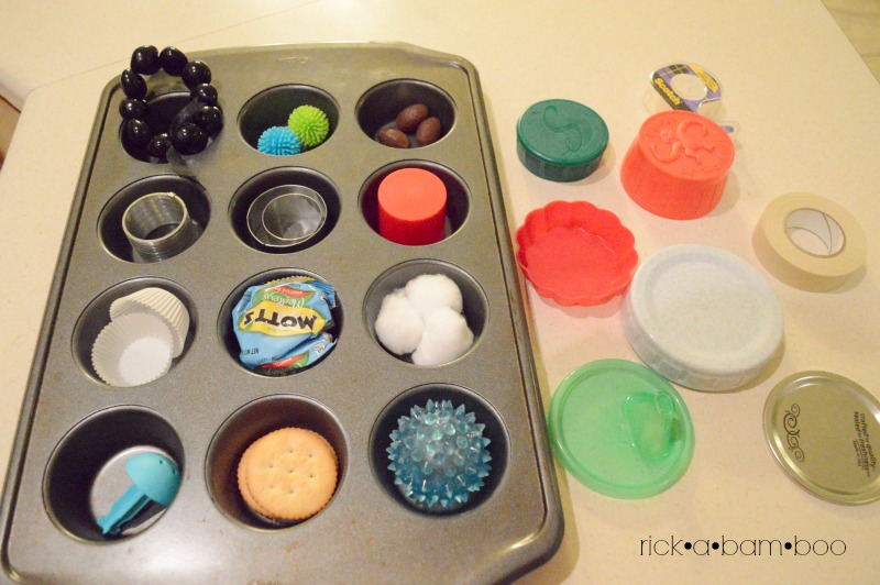 Muffin Pan Surprise | rickabamboo.com | #totschool