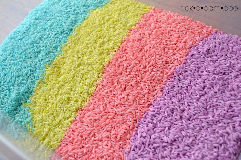 Rainbow Rice | rickabamboo.com | #sensorybin #preschool