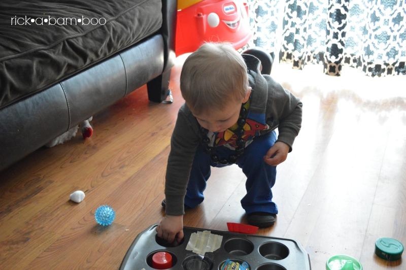 Thor Playing Muffin Tray | rickabamboo.com | #totschool