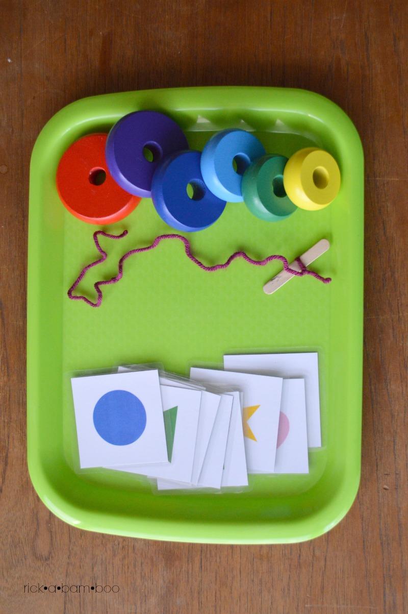 Tot Tray Beading and Flash Cards | rickabamboo.com | #preschool