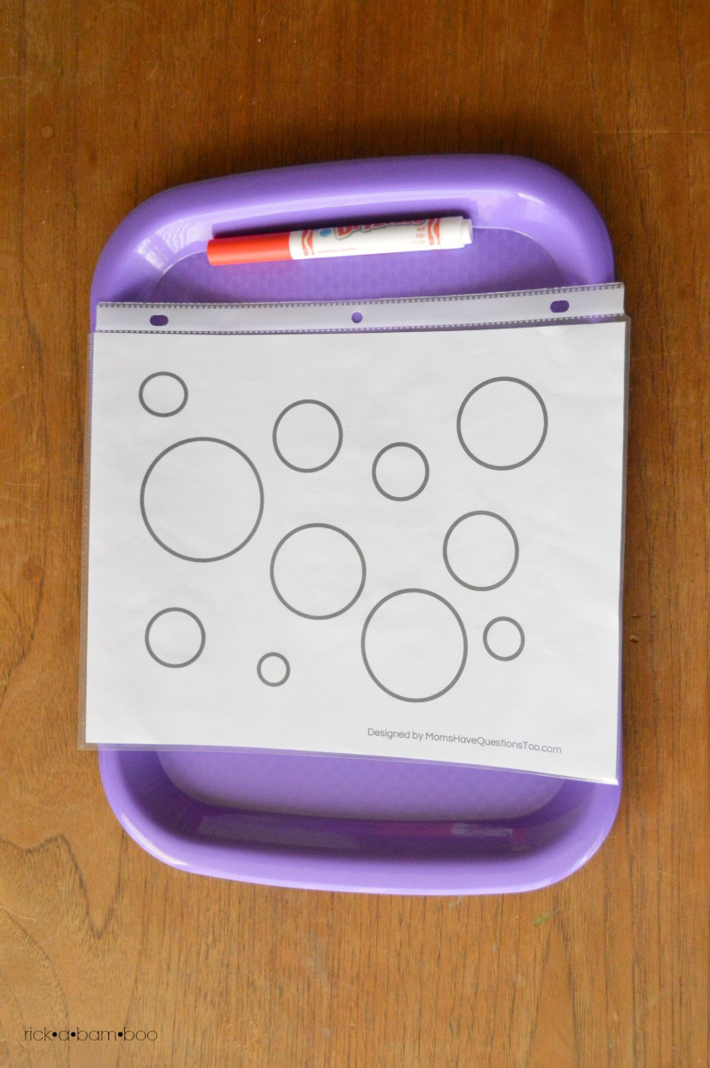 Tot Tray Circle Coloring | rickabamboo.com | #preschool #printable