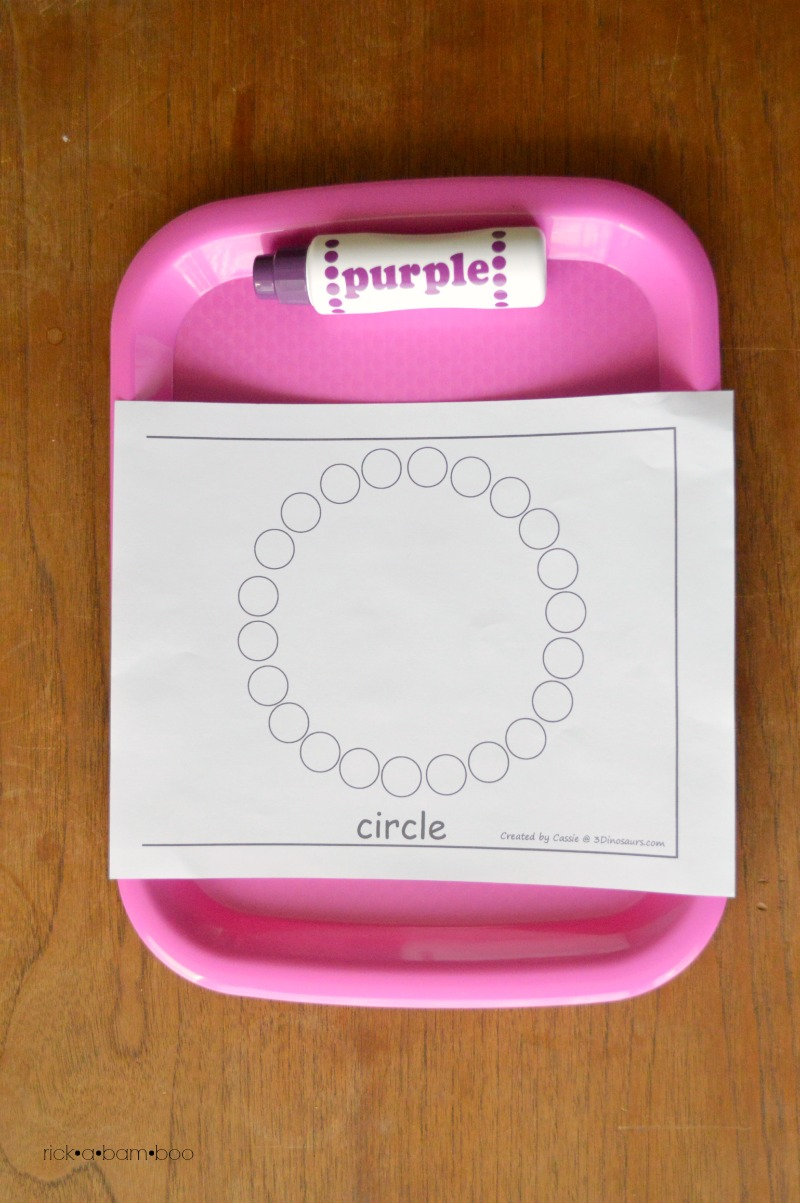 Tot Tray Paint Dot Circle | rickabamboo.com | #preschool #printable
