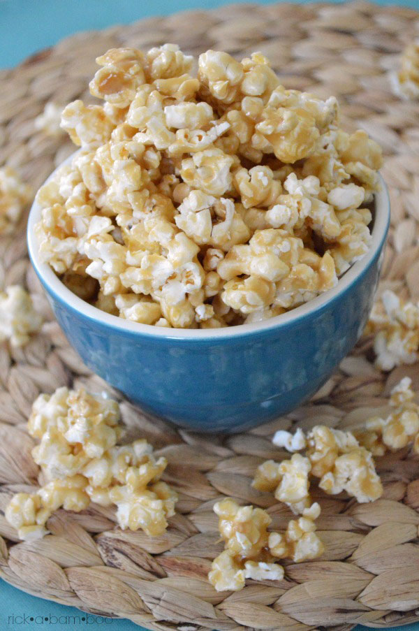 The Best Caramel Corn Recipe EVER