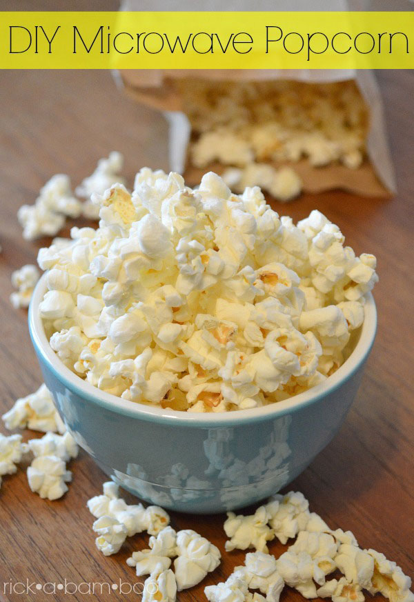 DIY Microwave Popcorn | rickabamboo.com | #homemade #brownbag