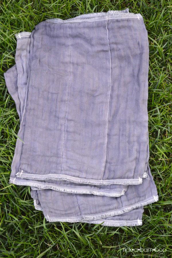 Cloth Diaper Burp Cloths {Part 1} | rickabamboo.com | #ritdye #baby #handmade #diy