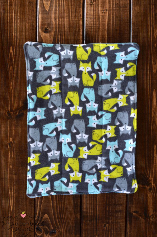 Cloth Diaper Burp Cloth Tutorial {Part 2} - Sewing flannel fabric to cloth diapers | rickabamboo.com