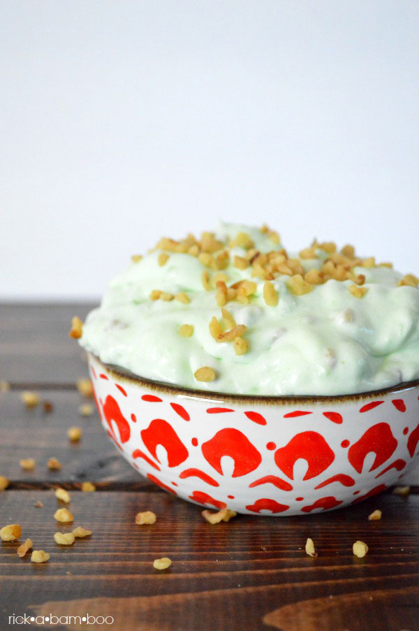 Pistachio Salad Recipe | rickabamboo.com | #side #thanksgiving #holiday