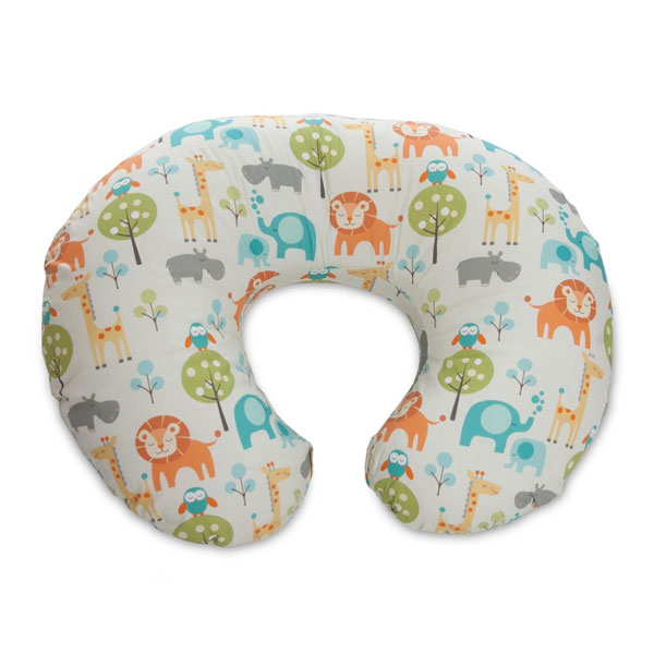 My Favorite Baby Products: Boppy | rickabamboo.com