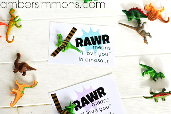 """Rawr means """"I love you"""" in dinosaur printable Valentine 