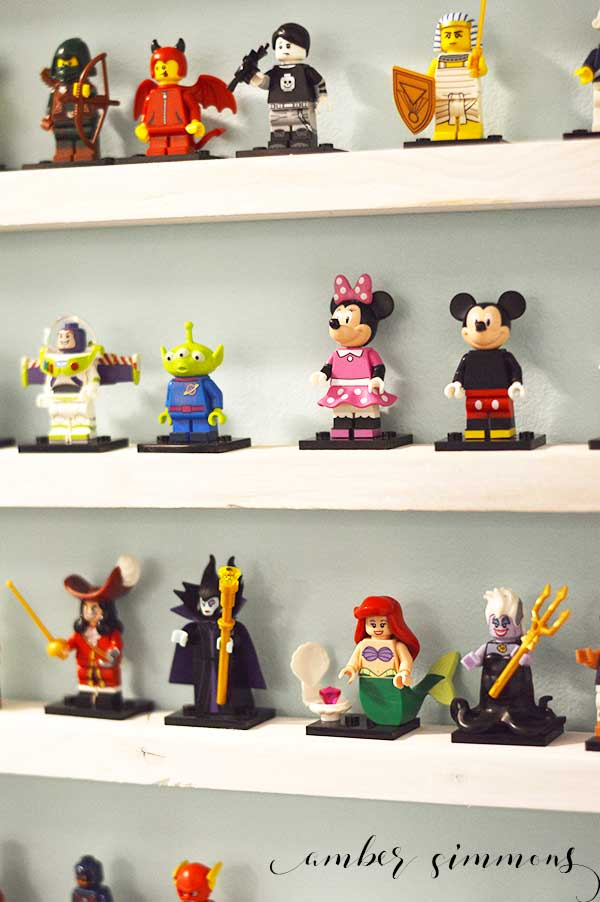 This easy tutorial for a DIY Lego Minifigure shelf can hold over 150 Lego Minifigures and costs less than $5.