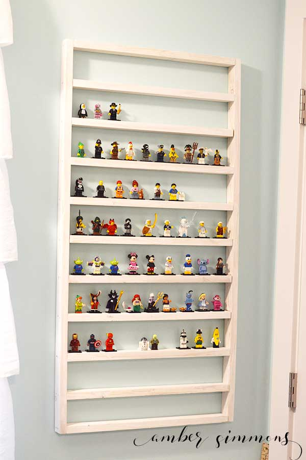 $5 Lego Minifigure Display Shelf