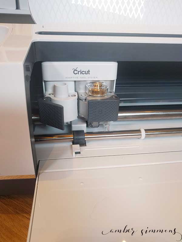 What is the Cricut Maker machine? What can it do? And how is it different than the Explorer? | ambersimmons.com | vinyl | iron on | crafting | sewing | cardstock