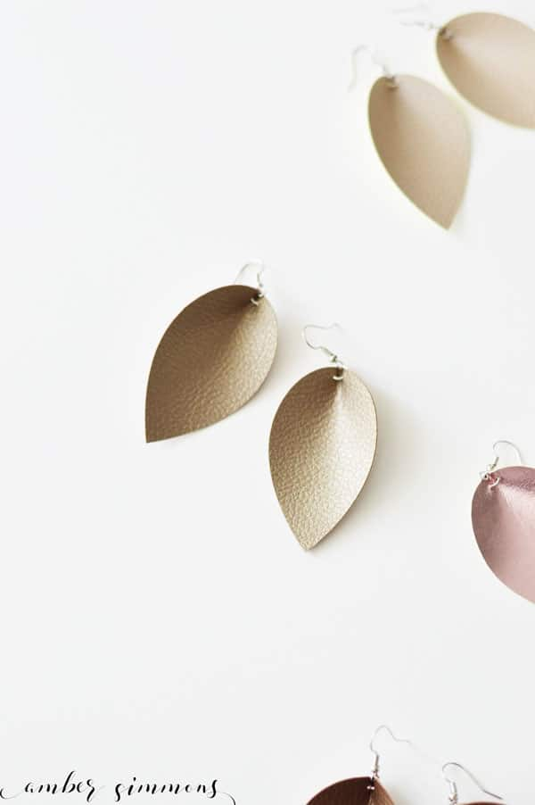 This DIY faux leather magnolia inspired teardrop earrings tutorial will have you making cute jewelry like a pro. #cricut #handmade #joannagainesstyle