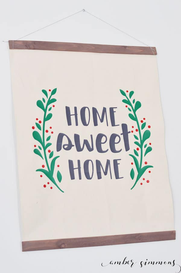 Simple farmhouse hanging canvas with Cricut EasyPress2 tutorial. #CricutMade #Cricut #ad