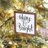 Mini Farmhouse Sign Christmas Ornaments with the Cricut Maker