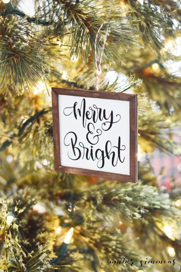 Mini Farmhouse Sign Christmas Ornaments with the Cricut Maker