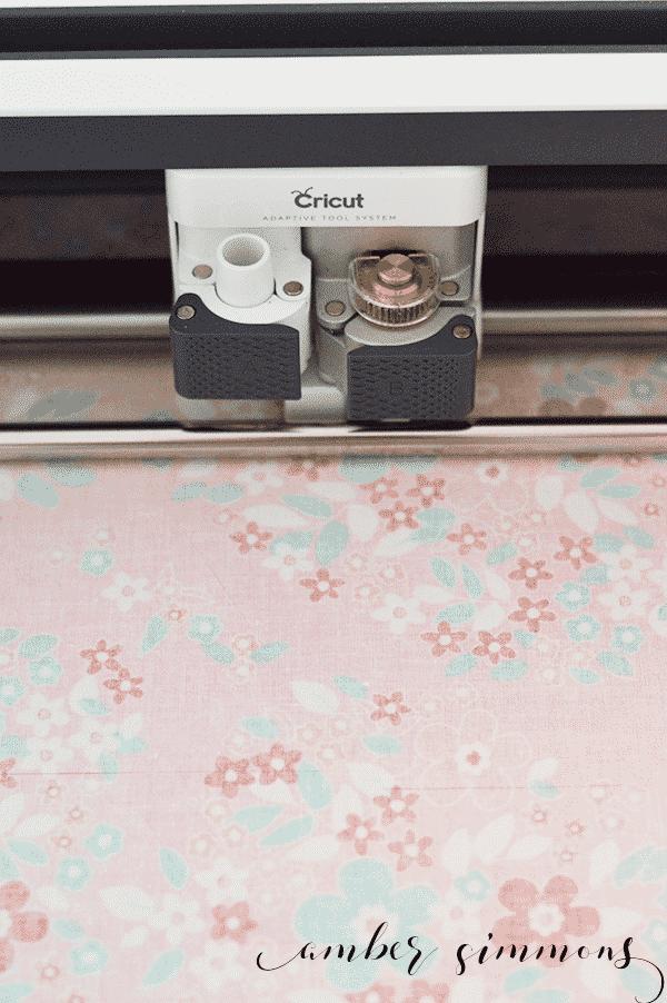 How to make a baby quilt using the Cricut Maker. | ambersimmons.com | #cricutmade #cricutmaker #ad