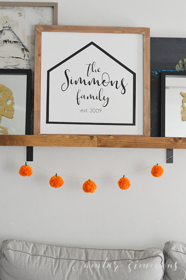 How to Make an Eye-catching Pumpkin Pom Pom Garland