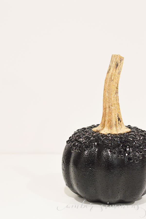 This easy tutorial for how to glam up your faux pumpkins and elevate your fall decor will have your feeling fancy this fall.